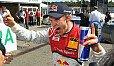 Mattias Ekström bejubelt die Pole in Hockenheim - Foto: Audi