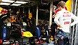 Sebastian Vettel weiß nicht genau, was das Problem ist - Foto: Sutton