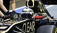 Kimi Räikkönen hatte am Freitag keinen großen Spaß in Singapur - Foto: Sutton