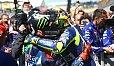 Einst ein Ding der Unmöglichkeit: Jorge Lorenzo und Valentino Rossi Arm in Arm - Foto: Monster