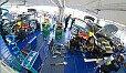 Die Volkswagen-Crew bei der Arbeit - Foto: Volkswagen Motorsport