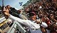 Lewis Hamilton ist zurück: Beste Laune nach dem Sieg in Kanada - Foto: Sutton