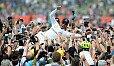 Lewis Hamilton triumphiert in Silverstone auf ganzer Linie - Foto: Sutton