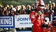 Charles Leclerc nach dem Sieg in Spa - Foto: LAT Images
