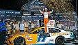 Denny Hamlin gewinnt das 27. Saisonrennen auf dem Darlington Raceway - Foto: LAT Images