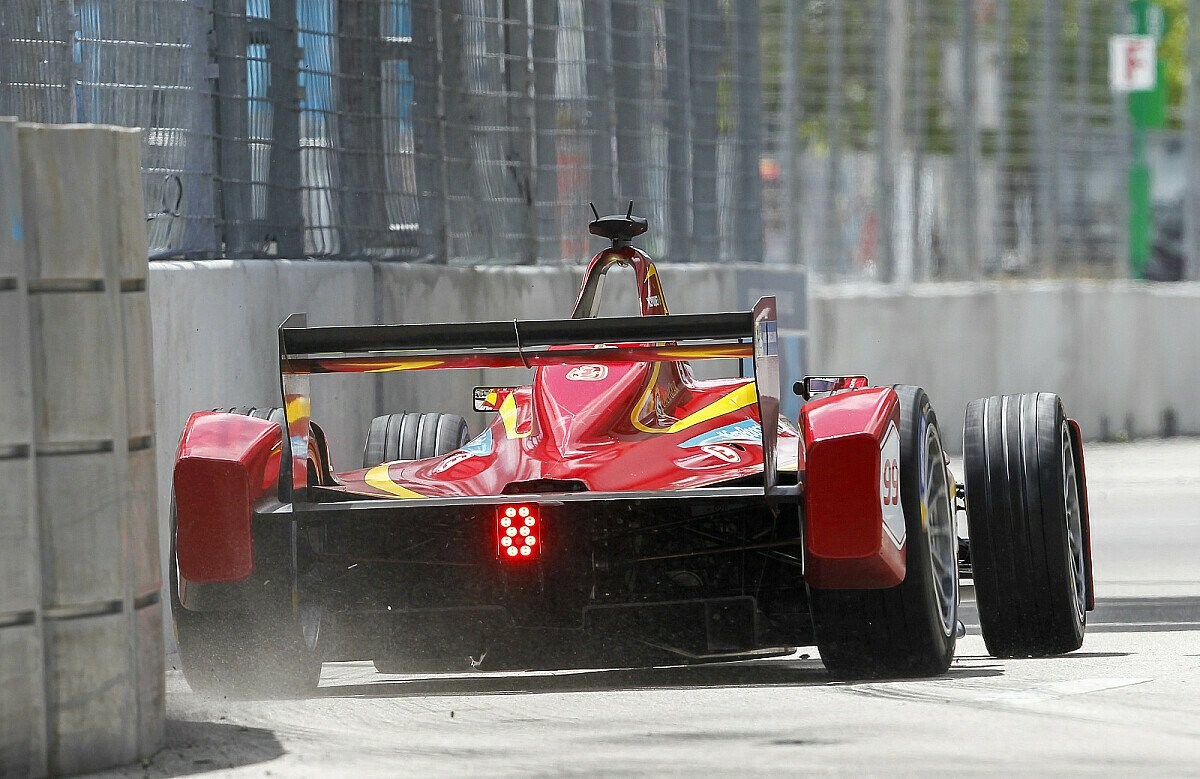 Nelson Piquet Jr. siegte beim Formel-E-Rennen in Long Beach, Foto: Sutton