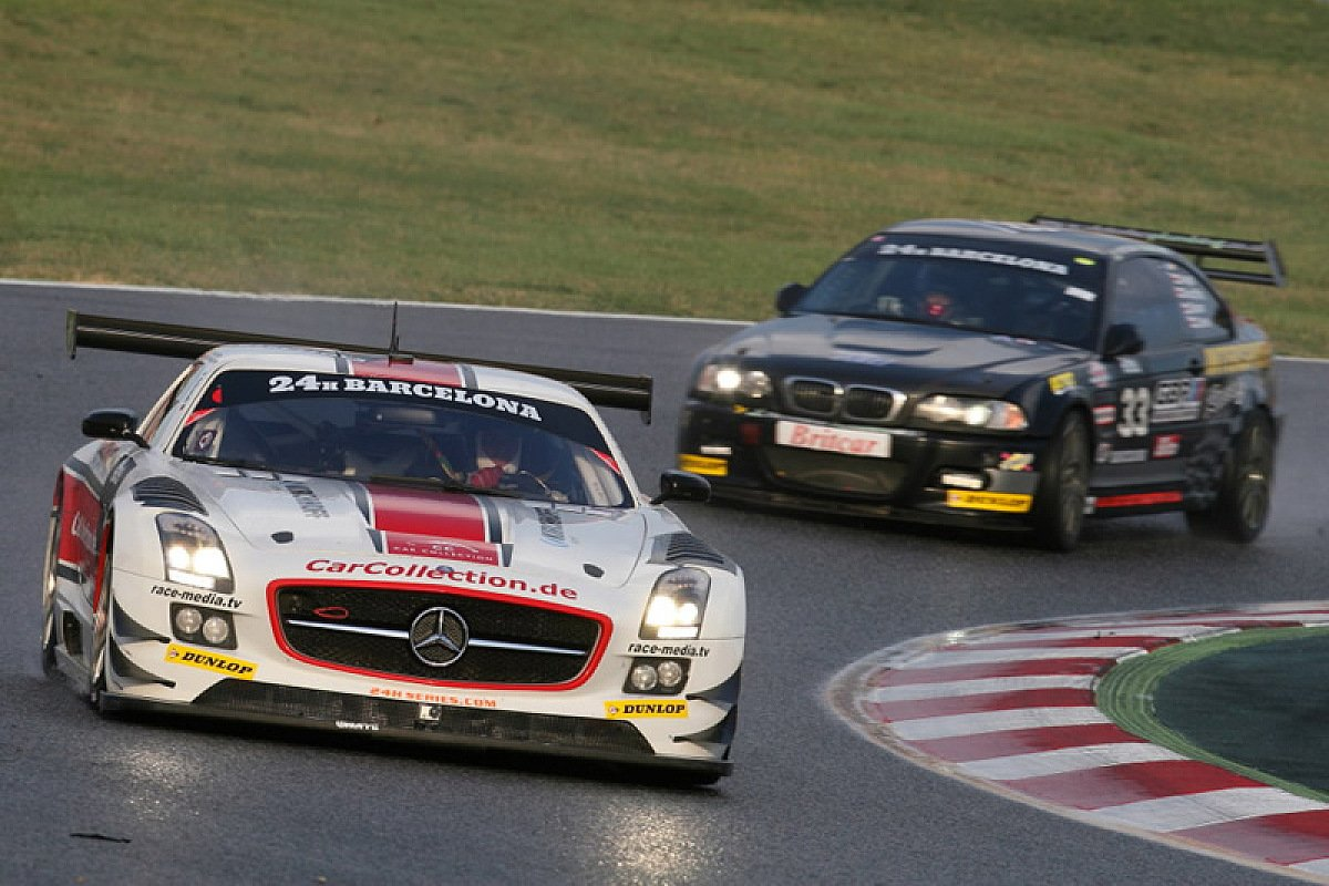 Car Collection musste das 24-Stunden-Rennen nach einem Unfall beenden, Foto: Eric Teeken