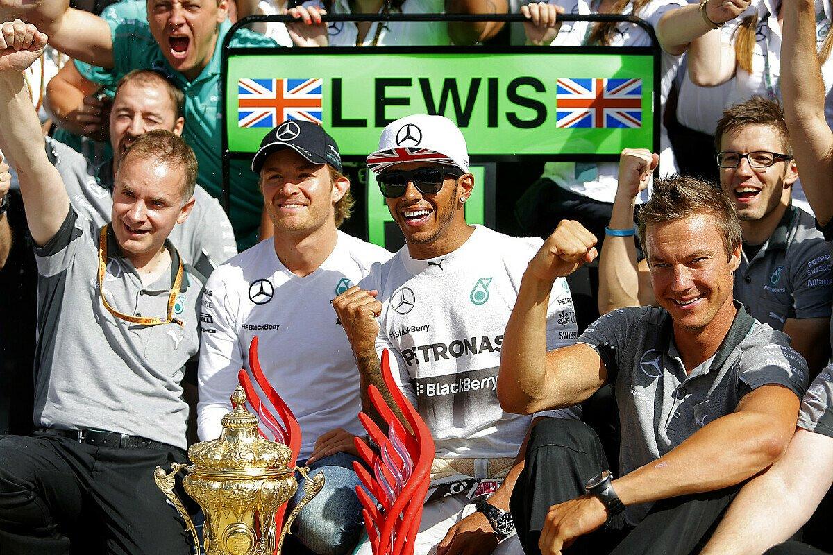 Lewis Hamilton gewinnt in Großbritannien, Foto: Sutton