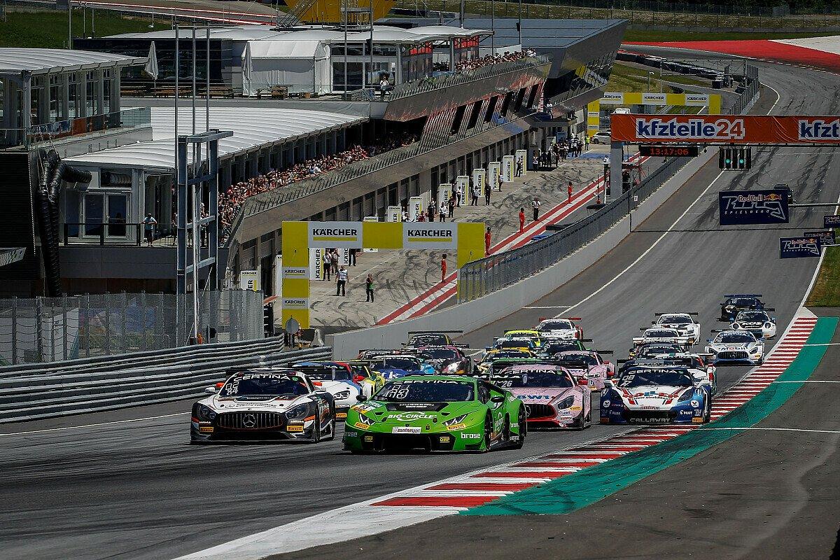 Christian Engelhart und Rolf Ineichen (M.) gewannen das schnellste Rennen des ADAC GT Masters, Foto: ADAC GT Masters