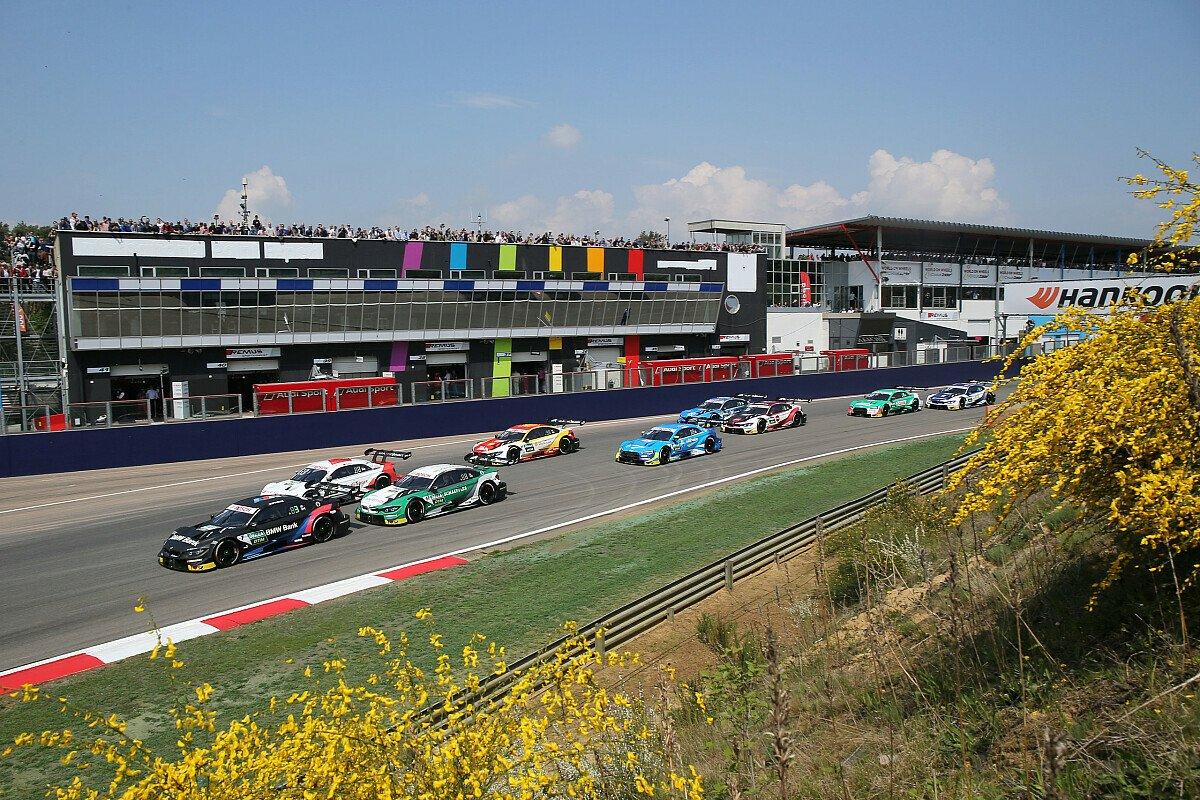 Nur wenige Zuschauer können die DTM-Rennen in Zolder vor Ort verfolgen, Foto: LAT Images