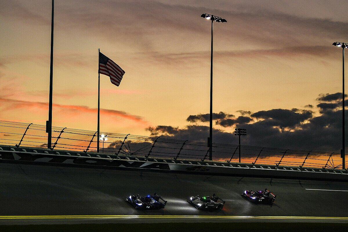 Die 24h Daytona lieferten auch 2021 eine tolle Show ab, Foto: LAT Images