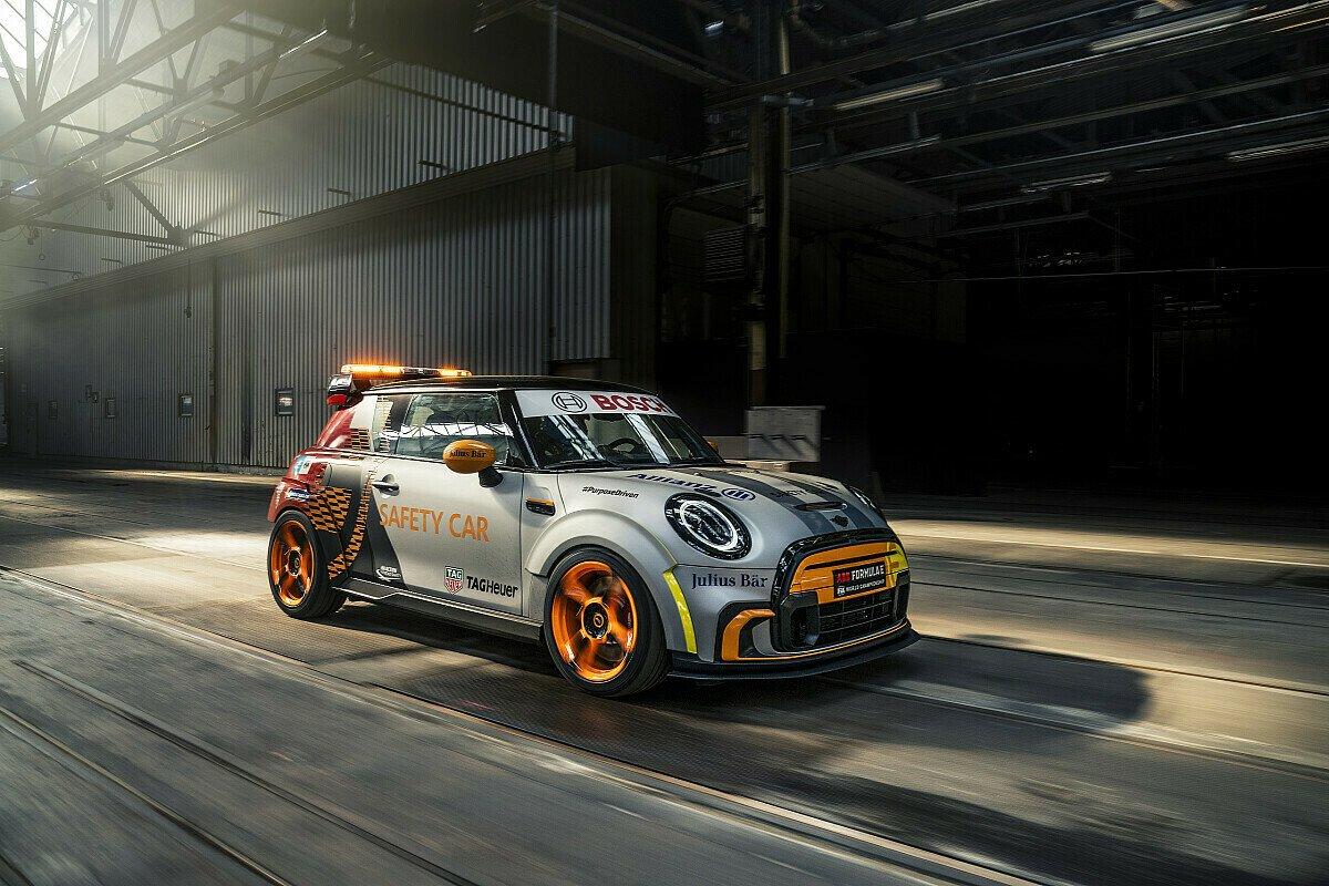 Es ist ein Mini! So sieht das neue Safety Car der Formel E aus, Foto: BMW