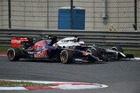 Formel 1 2014, China GP, Sonntag, Kvyat, Button, Toro Rosso, McLaren, Bild: Sutton