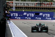 Russland GP, Sonntag, Ziel, Hamilton, Mercedes