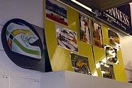 adrivo.com Inside: Besuch in der Jordan Fabrik - Formel 1 2004, Verschiedenes, Bild: adrivo Sportpresse