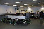 Zu Besuch in der Prodrive Fabrik - WRC 2005, Verschiedenes, Bild: Sutton