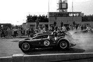 Saison 1953 - Formel 1 2005, Bild: Sutton