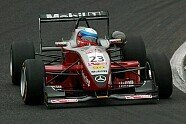 Mücke Motorsport im Portrait - Formel 3 EM 2003, Verschiedenes, Bild: Sutton