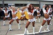 Silverstone: Zeitreise mit den heißesten Girls beim Großbritannien GP - Formel 1 2007, Verschiedenes, Großbritannien GP, Silverstone, Bild: Sutton