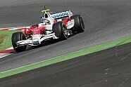 Testfahrten - Formel 1 2008, Testfahrten, Barcelona, 14.-17. April, Barcelona, Bild: Hartley/Sutton