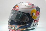 Vettels Helme im Wandel der Zeit - Formel 1 2009, Verschiedenes, Bild: JMD