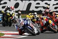 Sonntag - MotoGP 2010, Großbritannien GP, Silverstone, Bild: Fiat Yamaha