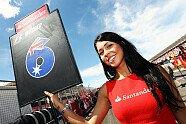 Silverstone: Zeitreise mit den heißesten Girls beim Großbritannien GP - Formel 1 2010, Verschiedenes, Großbritannien GP, Silverstone, Bild: Sutton