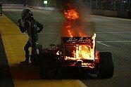 Kovalainens Lotus in Flammen - Formel 1 2010, Singapur GP, Singapur, Bild: LotusF1