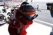 Sonntag - Formel 1 2011, Großbritannien GP, Silverstone, Bild: Pirelli