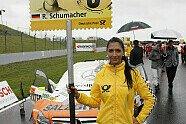 Grid Girls - DTM 2011, Oschersleben, Oschersleben, Bild: Mercedes-Benz