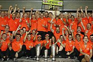 Sonntag - Formel 1 2011, Abu Dhabi GP, Abu Dhabi, Bild: McLaren