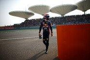 Webber verliert Reifen - Formel 1 2013, China GP, Shanghai, Bild: Red Bull