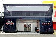 Motorhomes & Trucks - Formel 1 2013, Spanien GP, Barcelona, Bild: Sutton