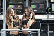 Österreich: Zeitreise mit den hübschesten Girls aus der Steiermark - Formel 1 2014, Verschiedenes, Österreich GP, Spielberg, Bild: MercedesAMG/Monster Energy