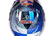 Vettels Helme im Wandel der Zeit - Formel 1 2014, Verschiedenes, Bild: Sutton