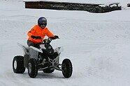 Winterspaß: Bradl auf vier Rädern - MotoGP 2015, Verschiedenes, Bild: Forward Racing