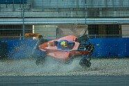 Lando Norris: Mega-Crash in Bildern - ADAC Formel 4 2015, Hockenheim, Hockenheim, Bild: Gruppe-C GmbH