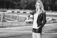 Doreen Seidel: Playboy-Bunny im Rennauto - Motorsport 2016, Verschiedenes, Bild: PGS Fotografie