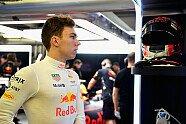 Testfahrten - Mittwoch - Formel 1 2017, Testfahrten, Bahrain, Sakhir, Bild: Red Bull