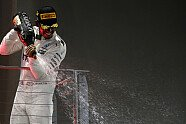 Podium - Formel 1 2017, Singapur GP, Singapur, Bild: LAT Images