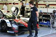 Alonso beim Rookie-Test - WEC 2017, Testfahrten, 6 Stunden von Bahrain, Manama, Bild: LAT Images