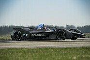 Formel E: BMW zeigt bradnneuen BMW iFE.18 Rennwagen für 2019 - Formel E 2018, Testfahrten, Bild: BMW