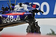 Brendon Hartley Crash im 3. Training - Formel 1 2018, Spanien GP, Barcelona, Bild: Sutton