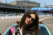 Super-Model Emily Ratajkowski fährt Formel-E-Auto in Berlin - Formel E 2018, Verschiedenes, Bild: LAT Images