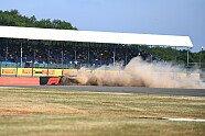 Hartey-Crash im 3. Training - Formel 1 2018, Großbritannien GP, Silverstone, Bild: Sutton