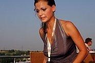 Ungarn GP: Zeitreise mit den heißesten Girls aus Budapest - Formel 1 2005, Verschiedenes, Ungarn GP, Budapest, Bild: Sutton