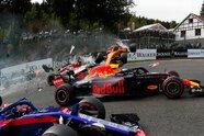 Horror-Crash nach dem Start - Formel 1 2018, Belgien GP, Spa-Francorchamps, Bild: LAT Images