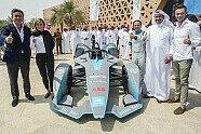 Formel E 2018: Riad-Showrun mit Massa zur Saison-Einstimmung - Formel E 2018, Präsentationen, Bild: FIA Formula E