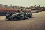 Formel E 2019: Porsche fährt erste Kilometer mit neuem Auto - Formel E 2019, Testfahrten, Bild: Richard Pardon