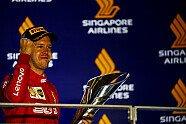 Podium - Formel 1 2019, Singapur GP, Singapur, Bild: LAT Images